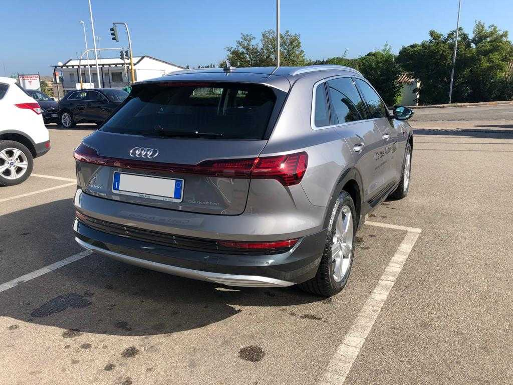 Audi - e-tron Business 50 quattro usata in Sardegna - Concessionaria ufficiale Audi Catte Auto Cagliari