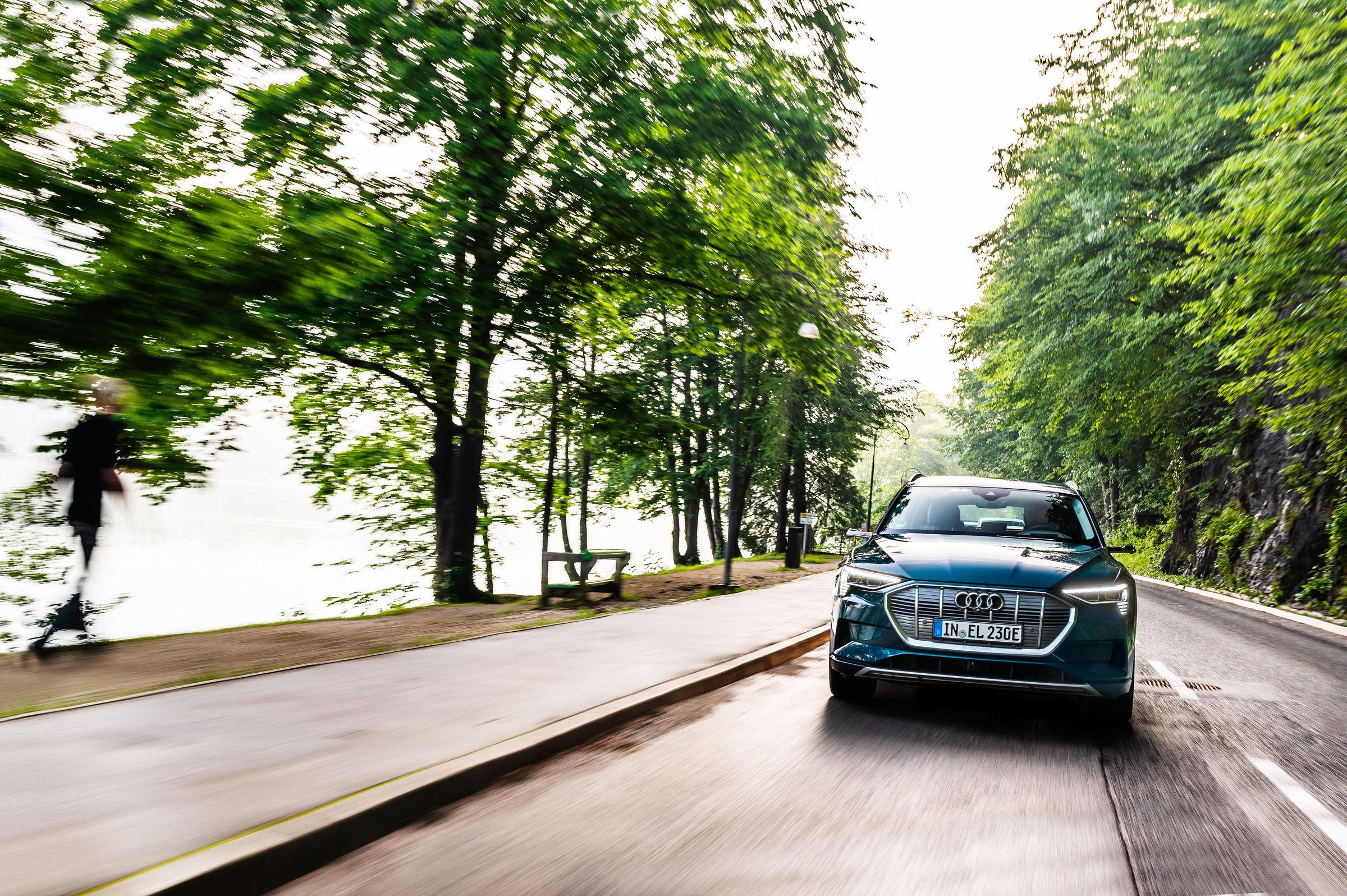 e-tron - L'elettrico ora è Audi - Run